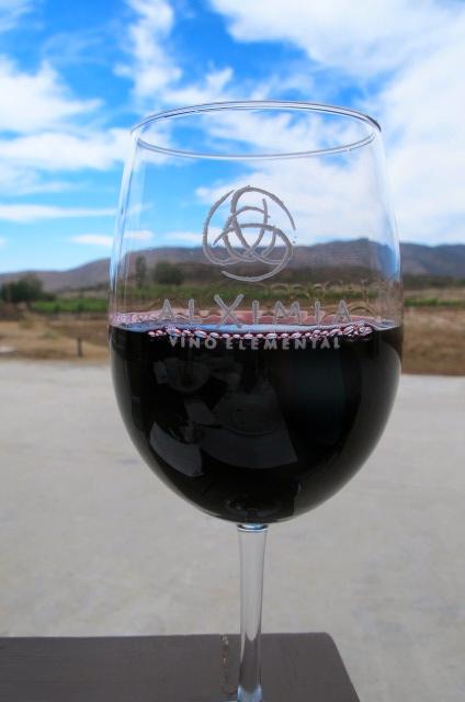 Alximia wine