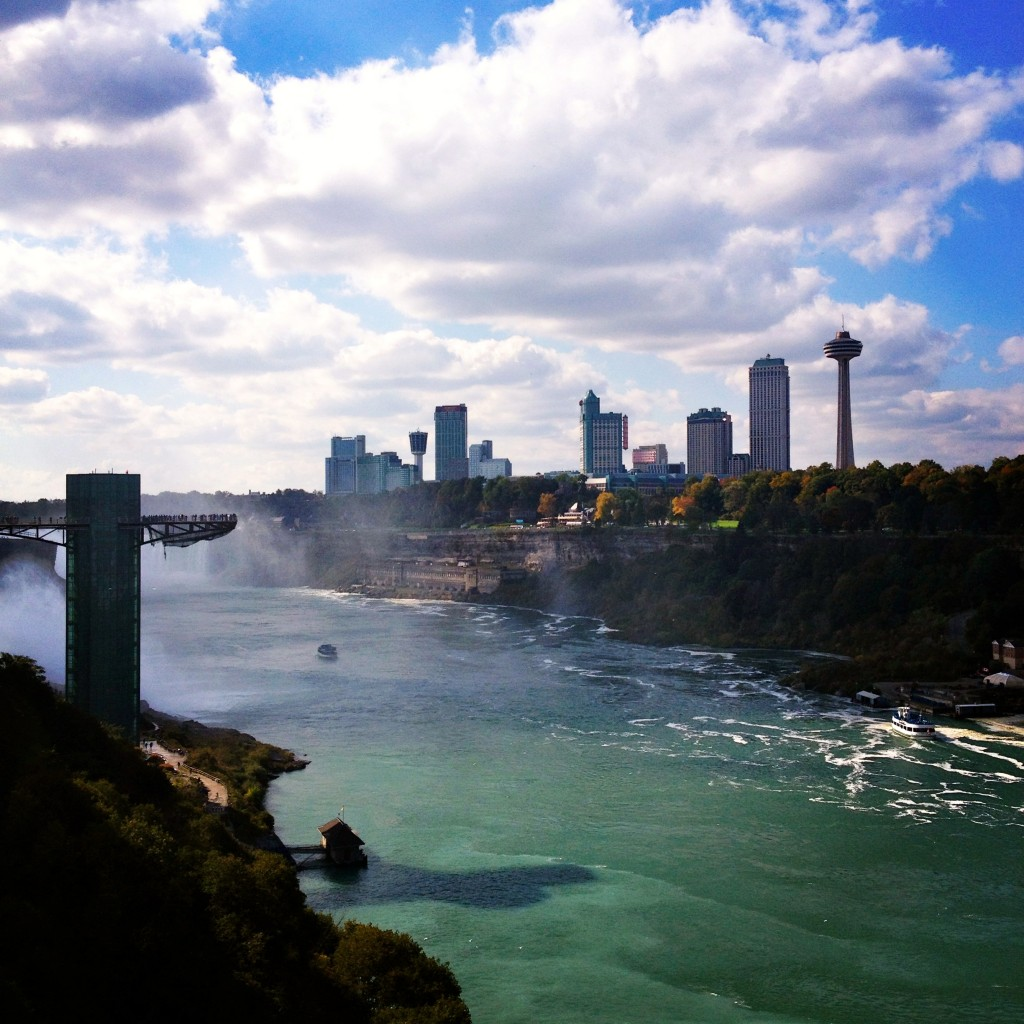 Niagara Falls Bridge to Canada