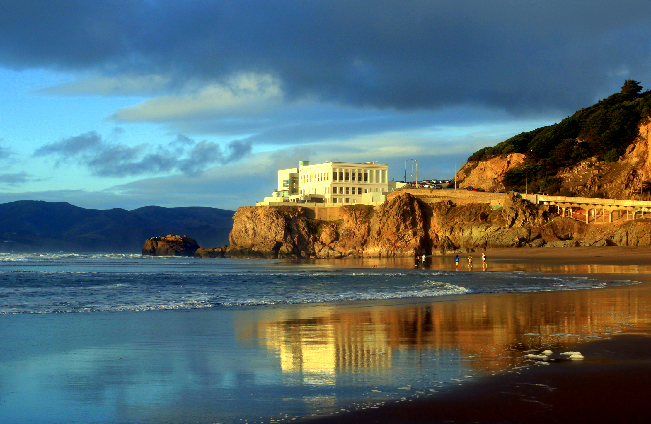 Sutro Baths And The Cliff House